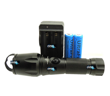 1600Lm Z4a CREE XM-L XML T6 LED Flashlight Torch Zoomable Zoom in/out SET