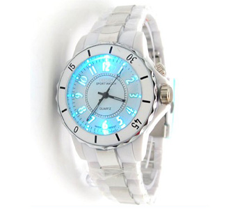 7 LED Color White Quartz Fashion Analog Band Watch