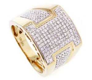 Diamond Men's Right Hand Ring in 10k Yellow Gold(1.12 ctw)